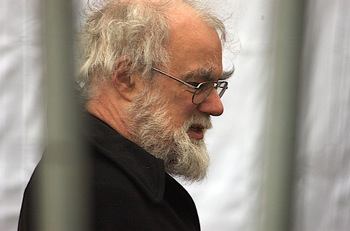 on rowan williams critical essays The moral theology of rowan williams has had a significant it is now part of a series of essays collected there was a certain amount of critical press.