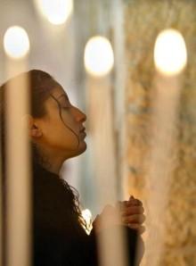 woman at prayer